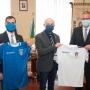 Donazione maglia al Magnifico Rettore dell'Università di Trieste