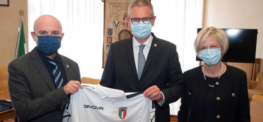 Cerimonia di donazione della maglia della Nazionale Italiana Sicurezza sul Lavoro Safetyplayers al Magnifico Rettore-3